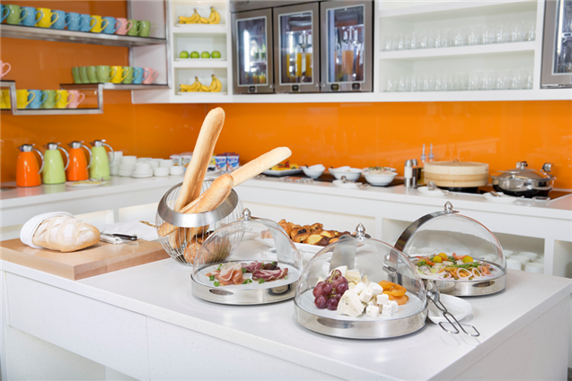 OZOHotels.com EXCLUSIVE: FREE Breakfast  + Late Check-out